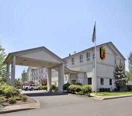821 Evergreen Rd, Oregon, Super 8 Motel Woodburn