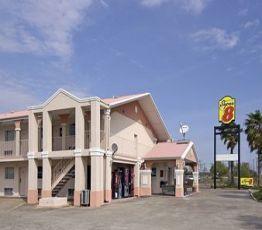 312 Delaney Rd, 77568 La Marque, Hotel Super 8 La Marque, TX**