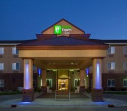 3310 7th Ave SE, South Dakota, Holiday Inn Express & Suites