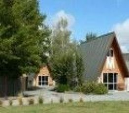 Wairepo Road, Canterbury, Mountain Chalet Motels 3*